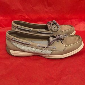 Sperry boat shoes size 9.5